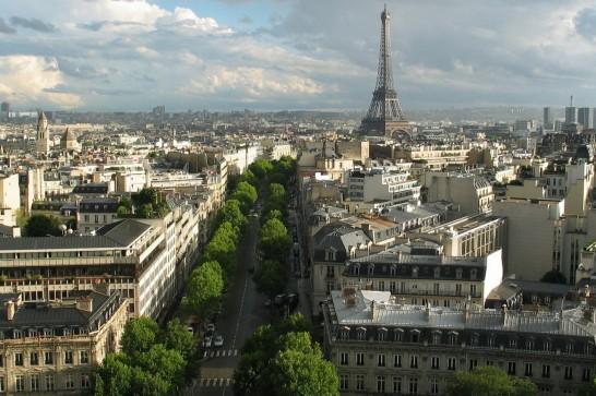 париж лето